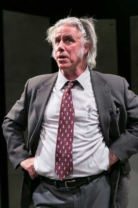 Jeff McCarthy as William Kunstler (photo: Carol Rosegg)