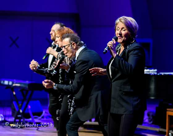 Janis Siegel with Manhattan Transfer