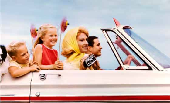 Jim Pond: Family in convertible somewhere in Texas @ The Hyde Collection